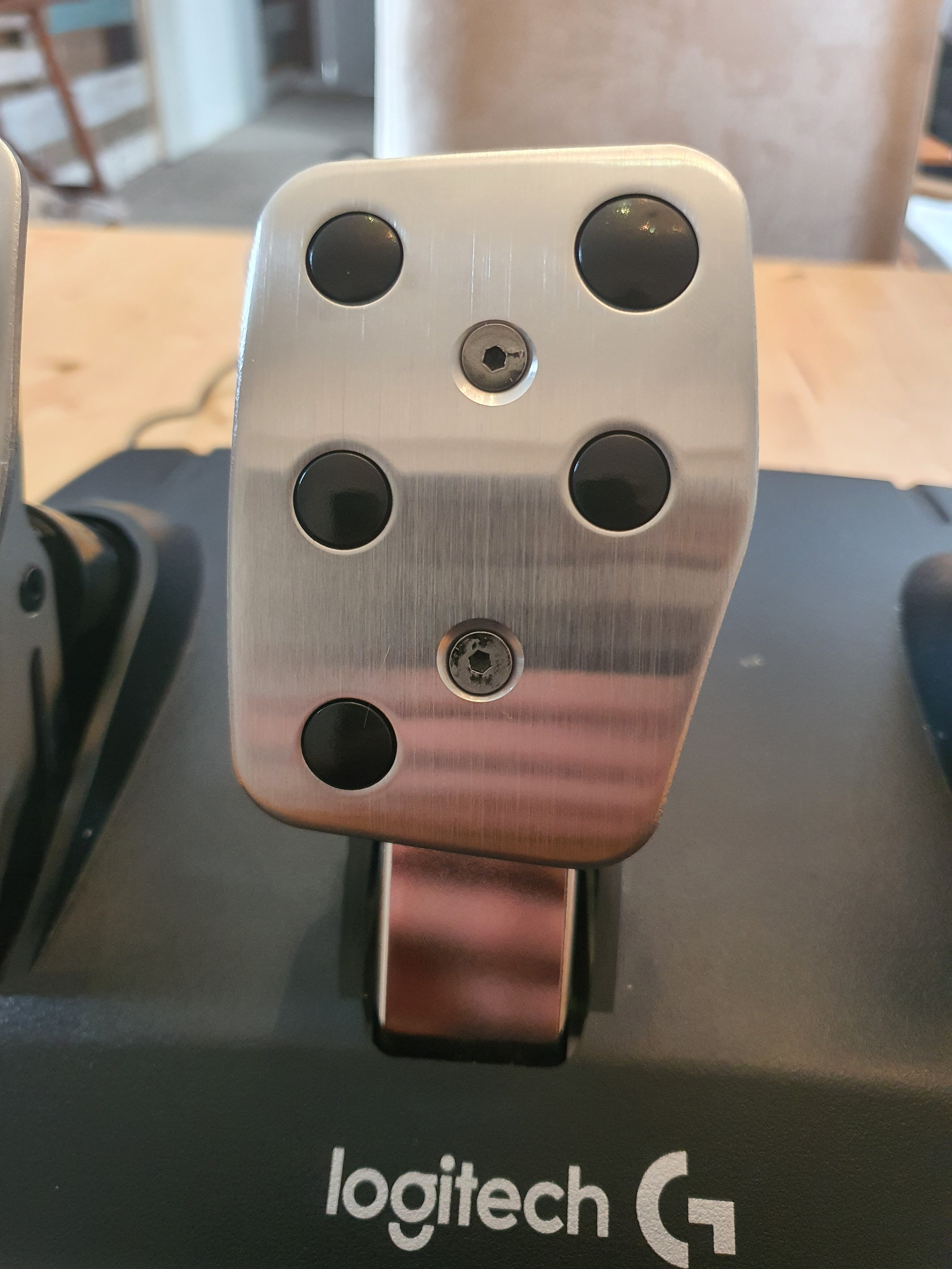 The brake pedal on a G920 set